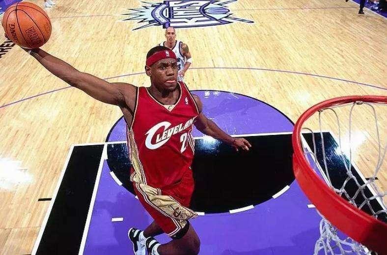 NBA球队会被球员骗到?布泽尔当年逃离詹姆斯的手段,真的高明