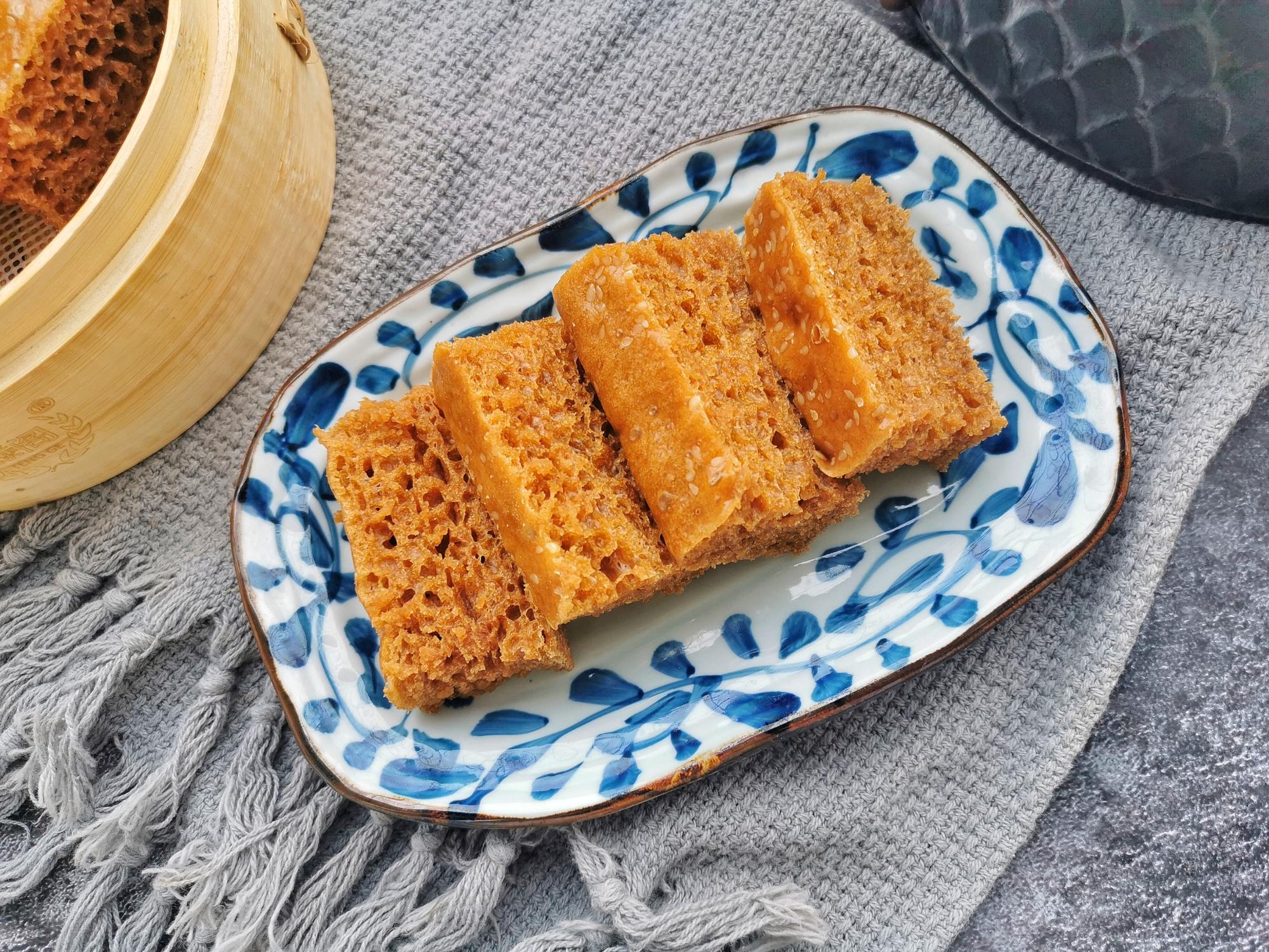 想吃馬拉糕不用去茶樓了,自己在家就能做,軟糯Q彈,比發糕好吃