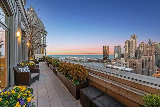 富豪们都在买的顶层公寓,到底好在哪?