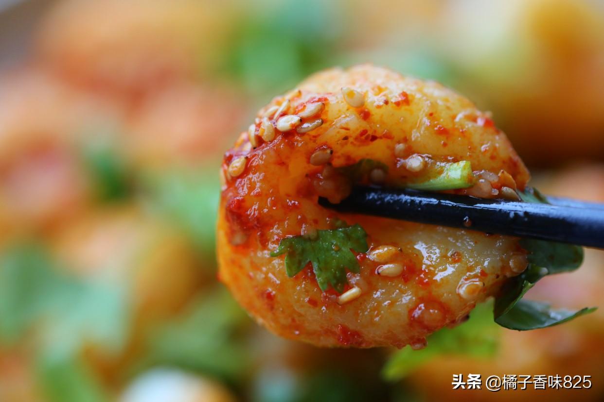 土豆新做法,香辣酸爽软糯劲道特开胃,比凉皮还好吃,适合夏天吃