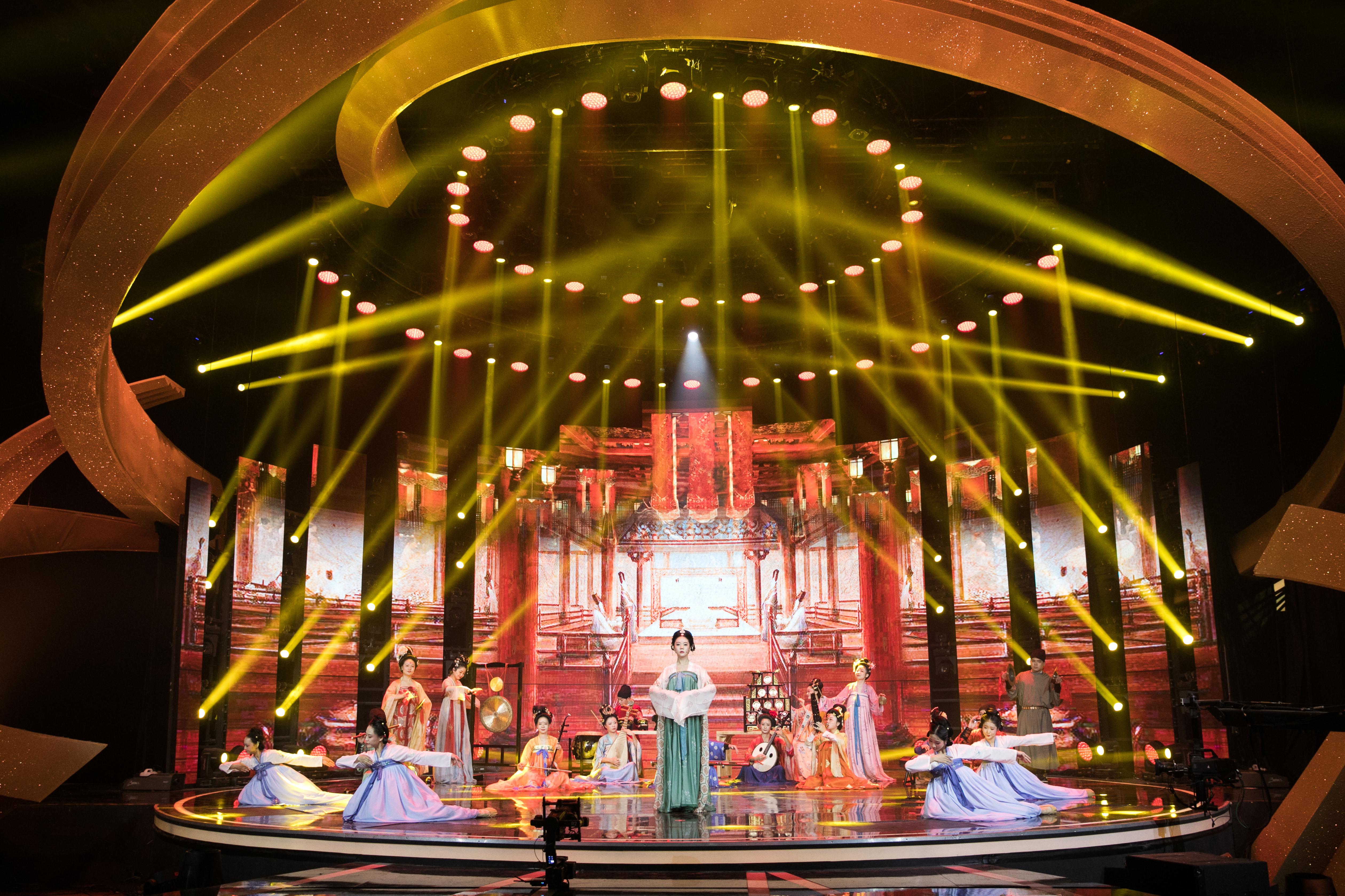 西安鼓乐登上央视《非常传奇》硕士、博士组团展现长安传统文化