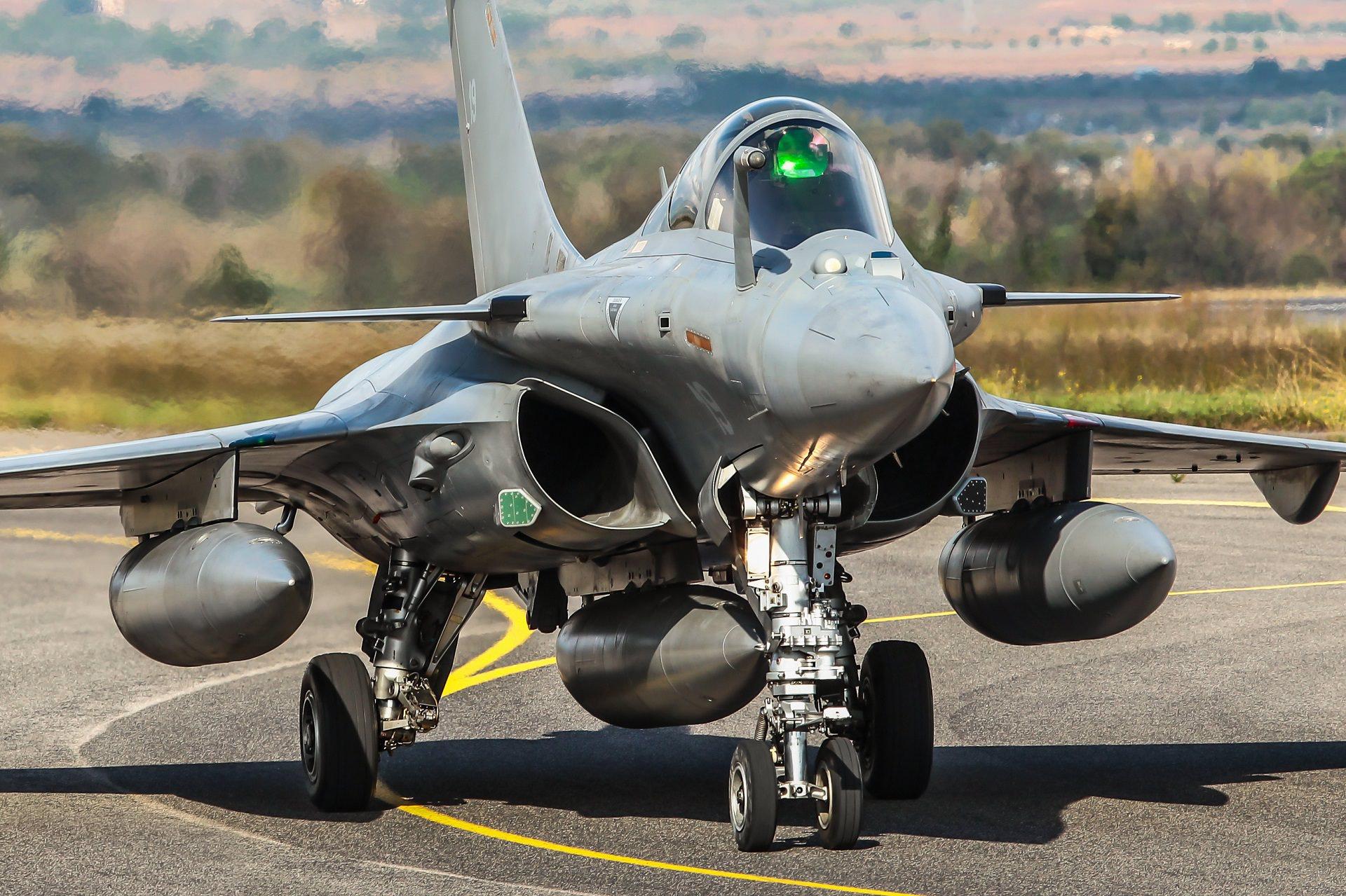 法国白送希腊8架阵风,印度抱怨太不够朋友:被坑了几十亿美元