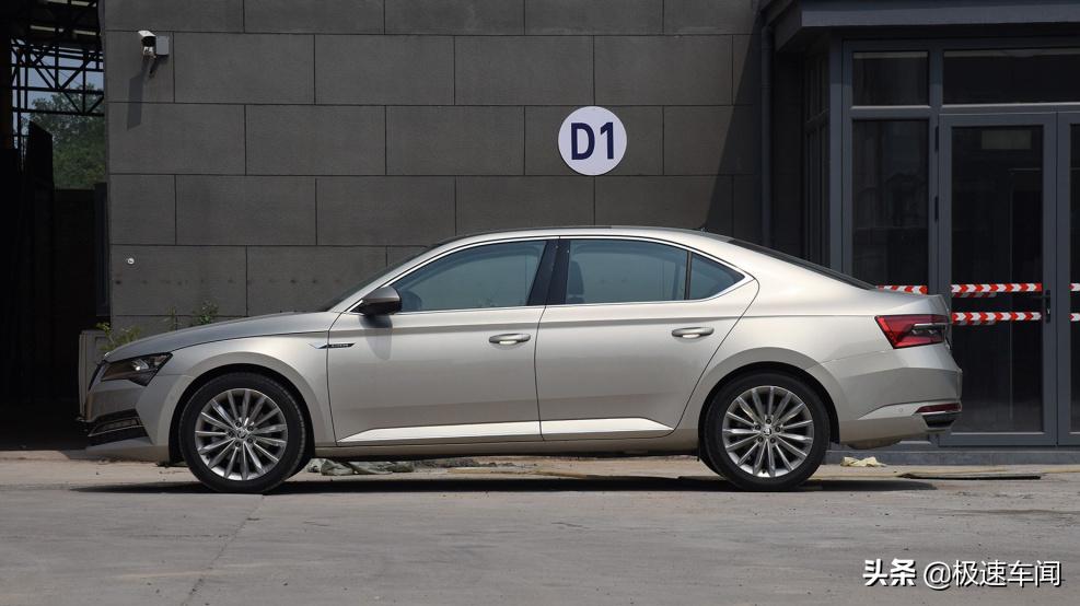 别和钱包过不去,一样的车不同LOGO便宜3万,速派考虑一下?