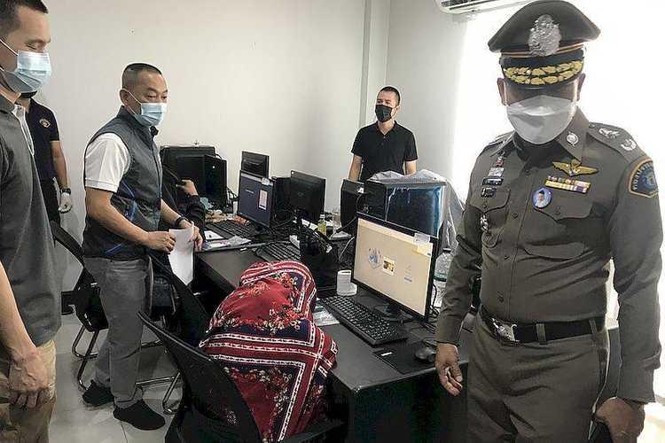 泰国警方捣毁暖武里府某别墅内非法网贷窝点