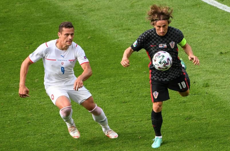 """只有赢球,才能晋级欧洲杯16强;如果打平,两队将""""同归于尽"""""""