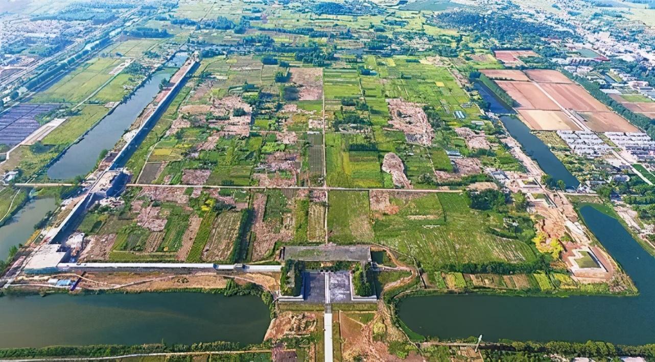 """去凤阳找北京的""""前世""""!这里的紫禁城更大,为何没建成?"""