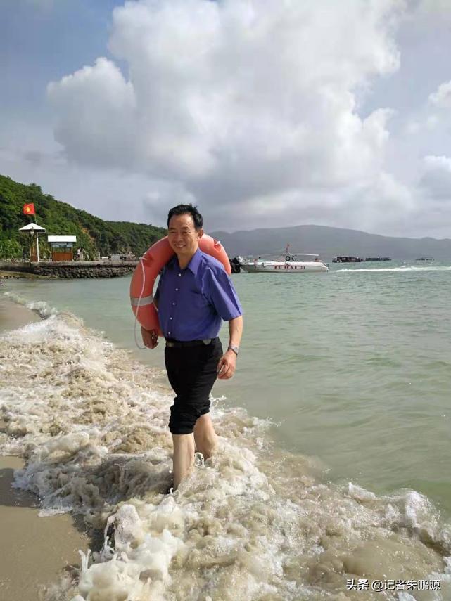 江苏省高院原正处级领导徐顺古先生,为中新传媒成立5周年题词