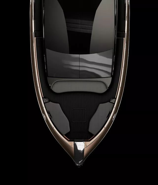 """雷克萨斯第一款量产豪华游艇LY 650发布,""""凌志""""海上"""