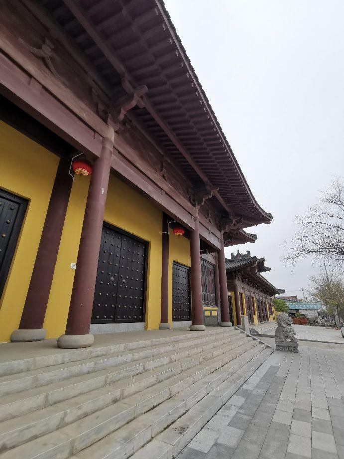 历经千年沧桑的古塔,见证三贤故里变迁。冬游渭南慧照寺。