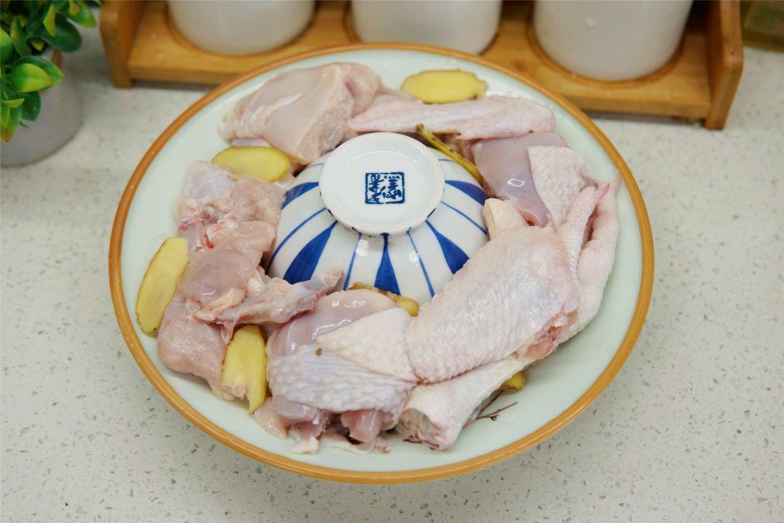 我家最馋的鸡汤做法,不用水煮,汤鲜香,肉爽滑,整锅都是精华