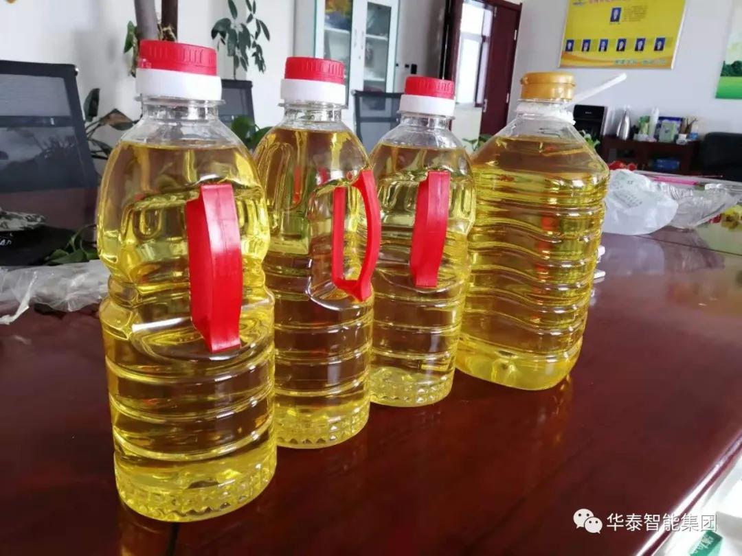 华泰机械制造的亚麻籽榨油、半连续精炼项目在张掖市成功试营投产