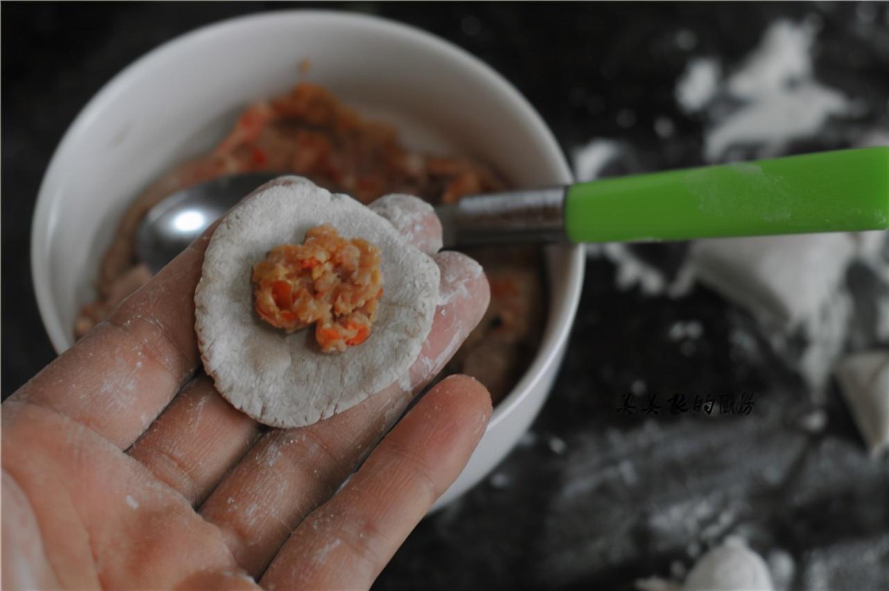 """芋头是个""""宝"""",香糯细腻,营养极高,打碎拌好做早餐,太香了"""