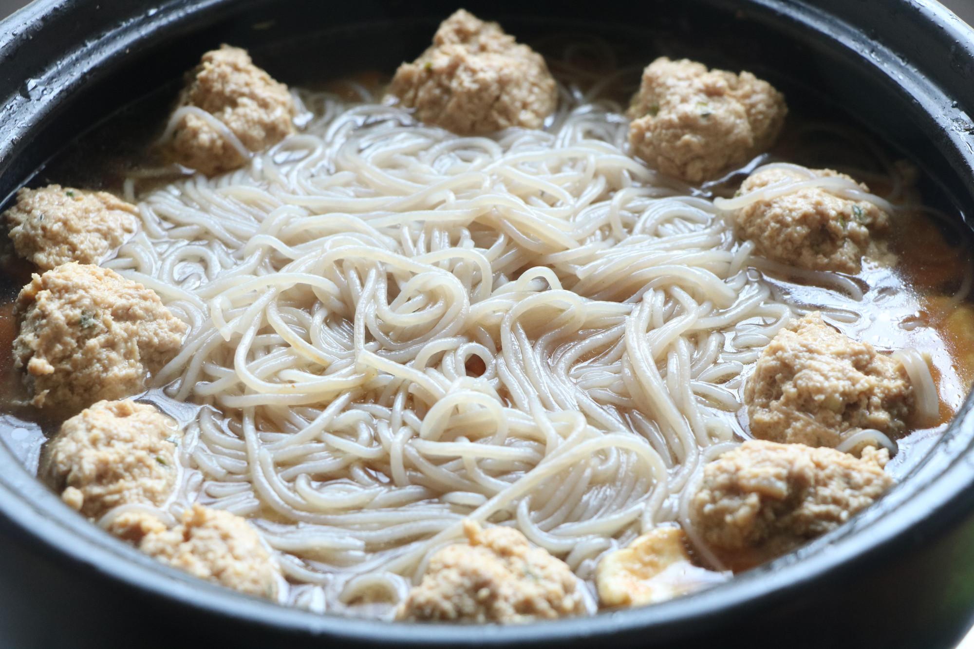 天冷了就愛這一鍋燉菜,湯汁多好下飯,營養豐富,吃著全身暖和