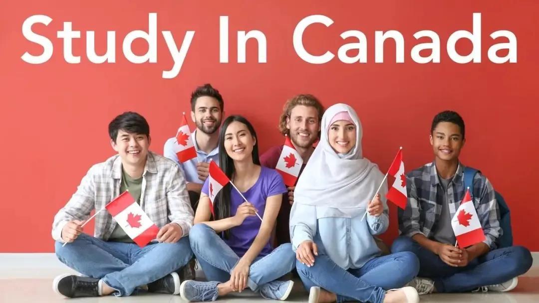 """最严H1B?美国""""抛弃""""1/3留学生,加拿大""""留学保送移民"""""""