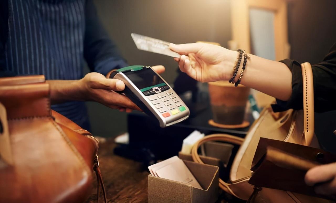 为何信用卡逾期还款,银行宁愿催收,也不起诉?主要原因有三个