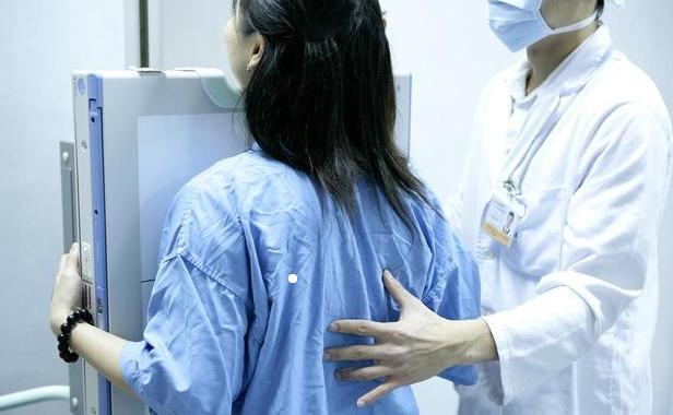 胸闷、咳嗽、呼吸困难?可能是胸腔涨水了