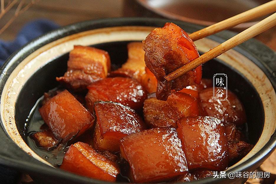 做紅燒肉時,加冷水還是熱水? 用對方法,肉質軟爛入味無腥味