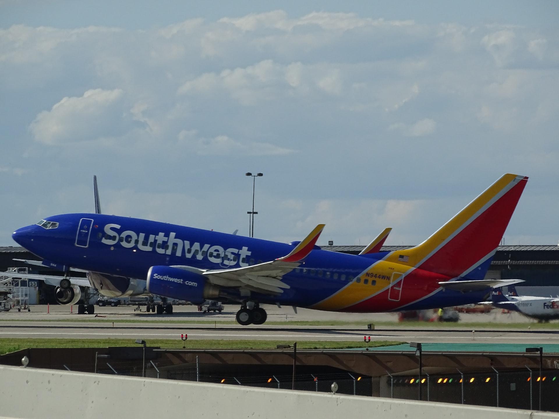 航空公司预定强劲正在恢复盈利,但投资者对这些股票越来越挑剔