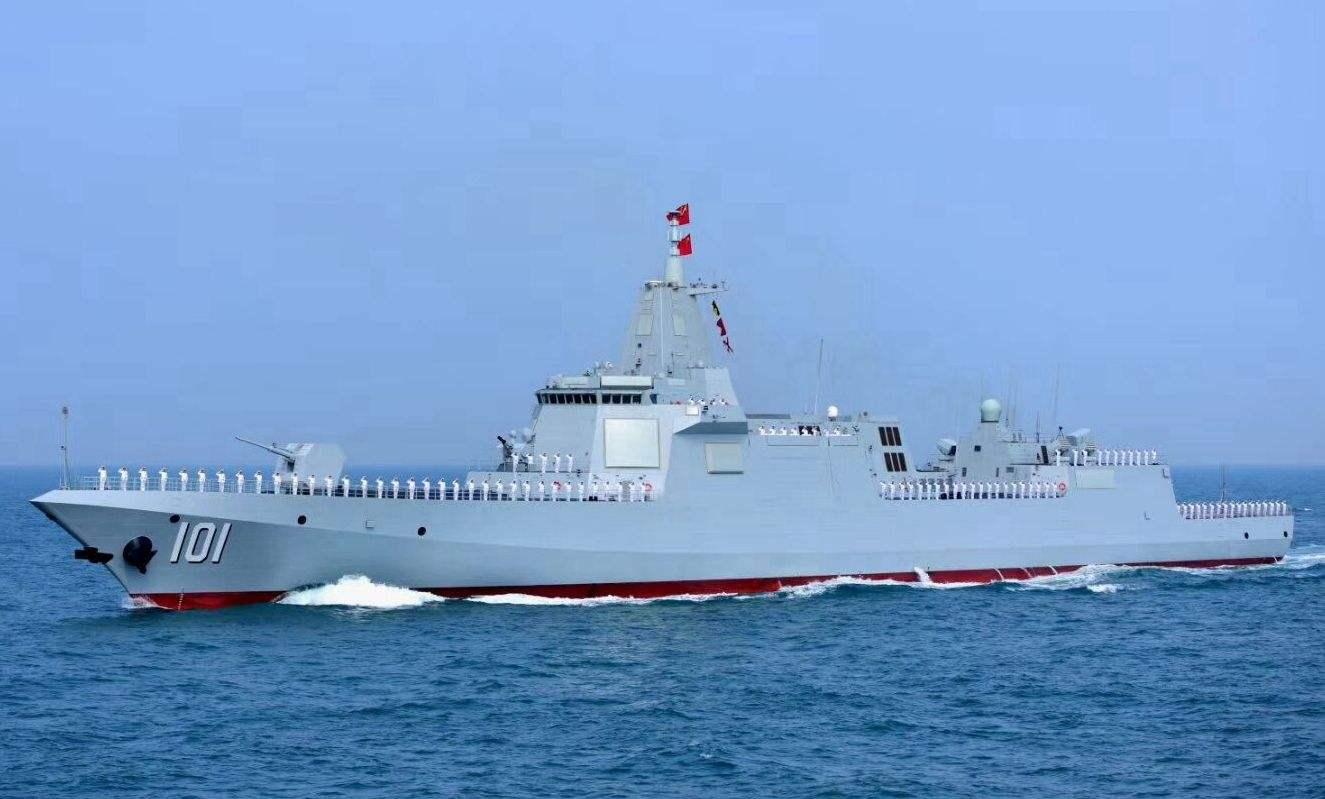 """给055装上东风-21D?中国或首个在军舰上安装""""航母杀手"""""""
