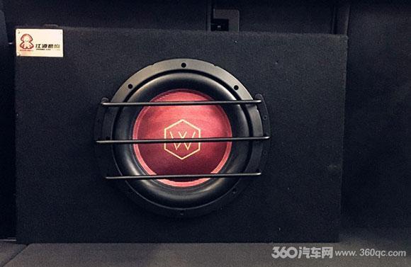 保时捷MACAN音响改装 专业4.1声道11单元系统更好听