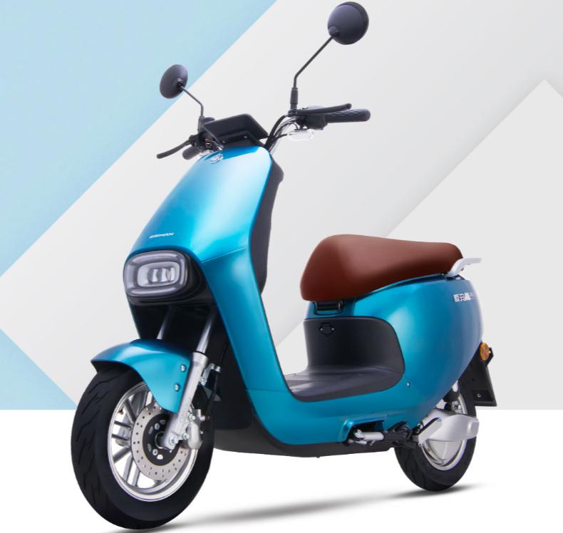爱玛发布新款电动车,配备聚能电机,一次充电续航100公里以上