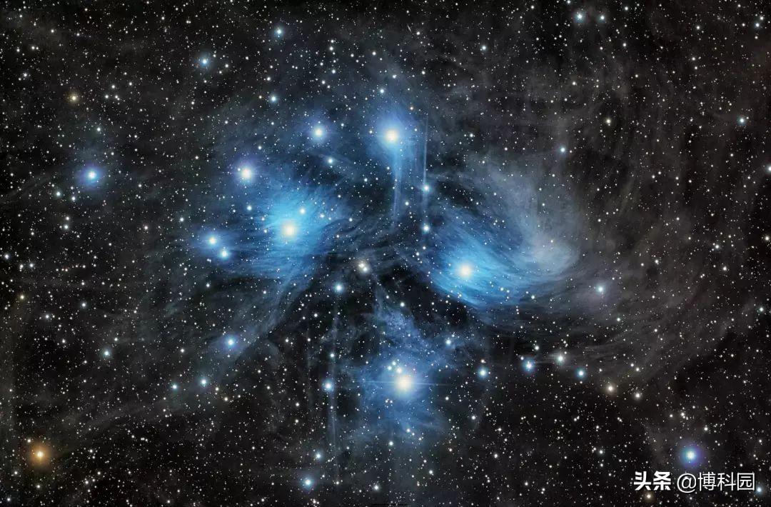 分子云在距离我们超过80亿光年的遥远星系中都相同吗?