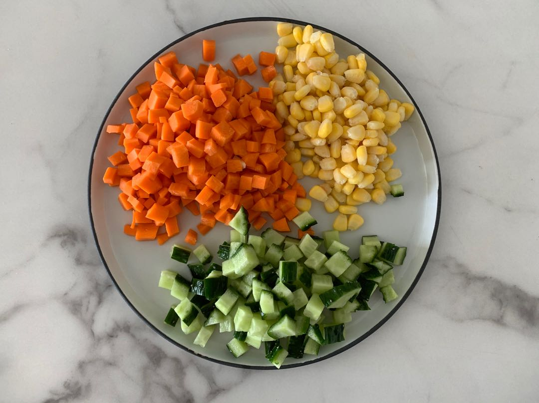 這幾樣蔬菜,焯水拌一拌,沒想到這麼好吃,低脂低卡又解饞好吃