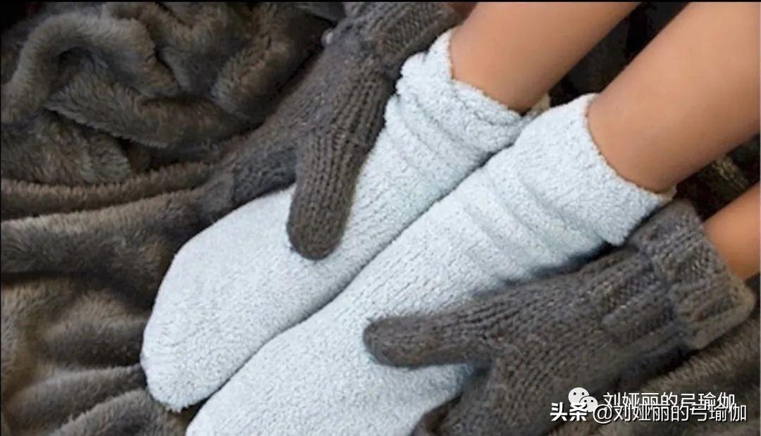秋末手脚冰凉?怕冷体质应该这样做
