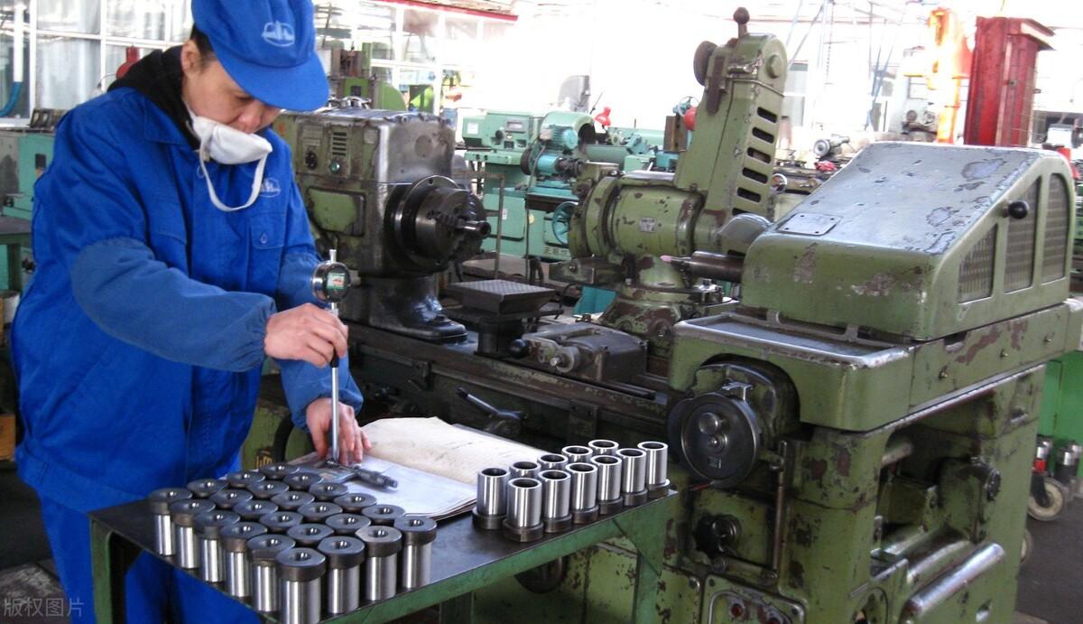 神州十二都升空了,你家工廠還在低端制造業發展嗎?