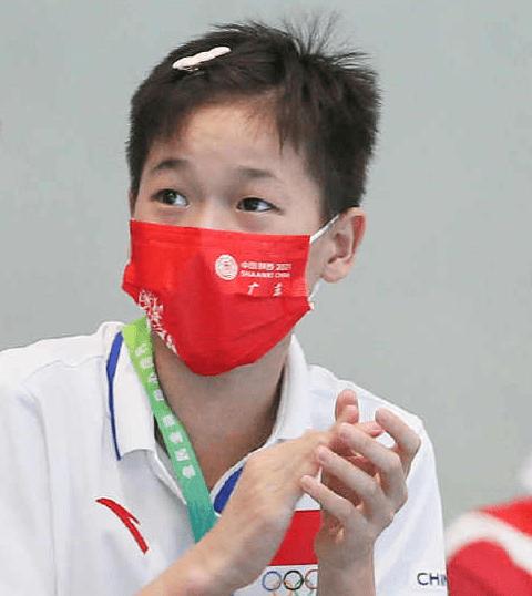 14岁全红婵登上热搜!奥运冠军走红不忘初心,央视发声:可可爱爱