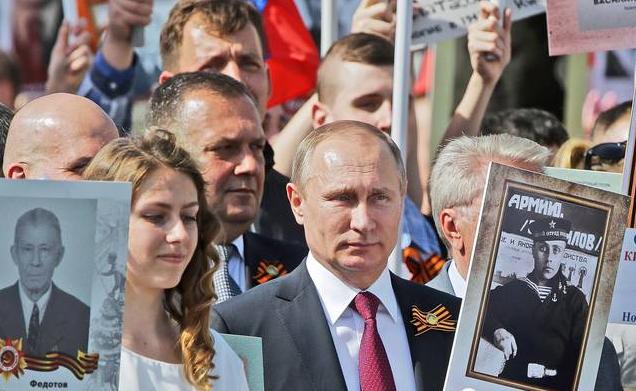 俄罗斯人羡慕中国:有一个好带头人,把中国带入正确道路