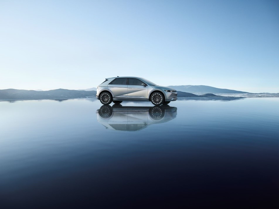 现代汽车IONIQ(艾尼氪) 5全球首秀 开启电动出行新时代