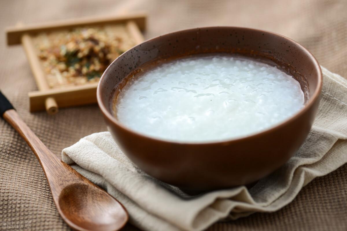 煮白粥有技巧,不要直接加水煮,粥铺老板分享一招,香浓又绵稠 美食做法 第7张