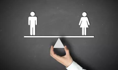 女人不易,男人更不易