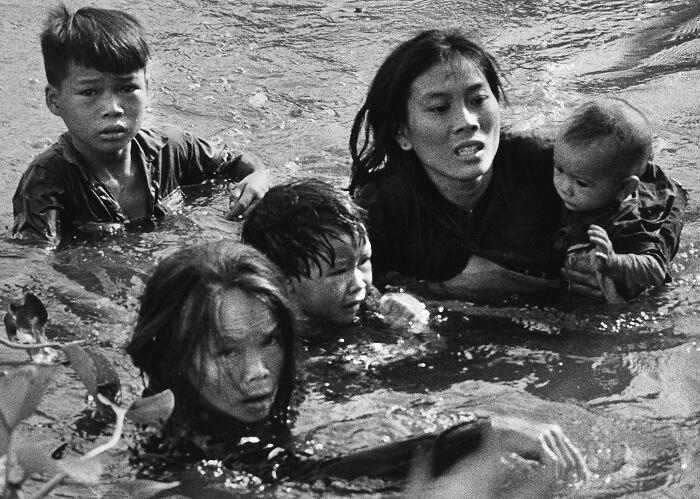30張普利策新聞獎獲獎照片,一張照片便是一個故事