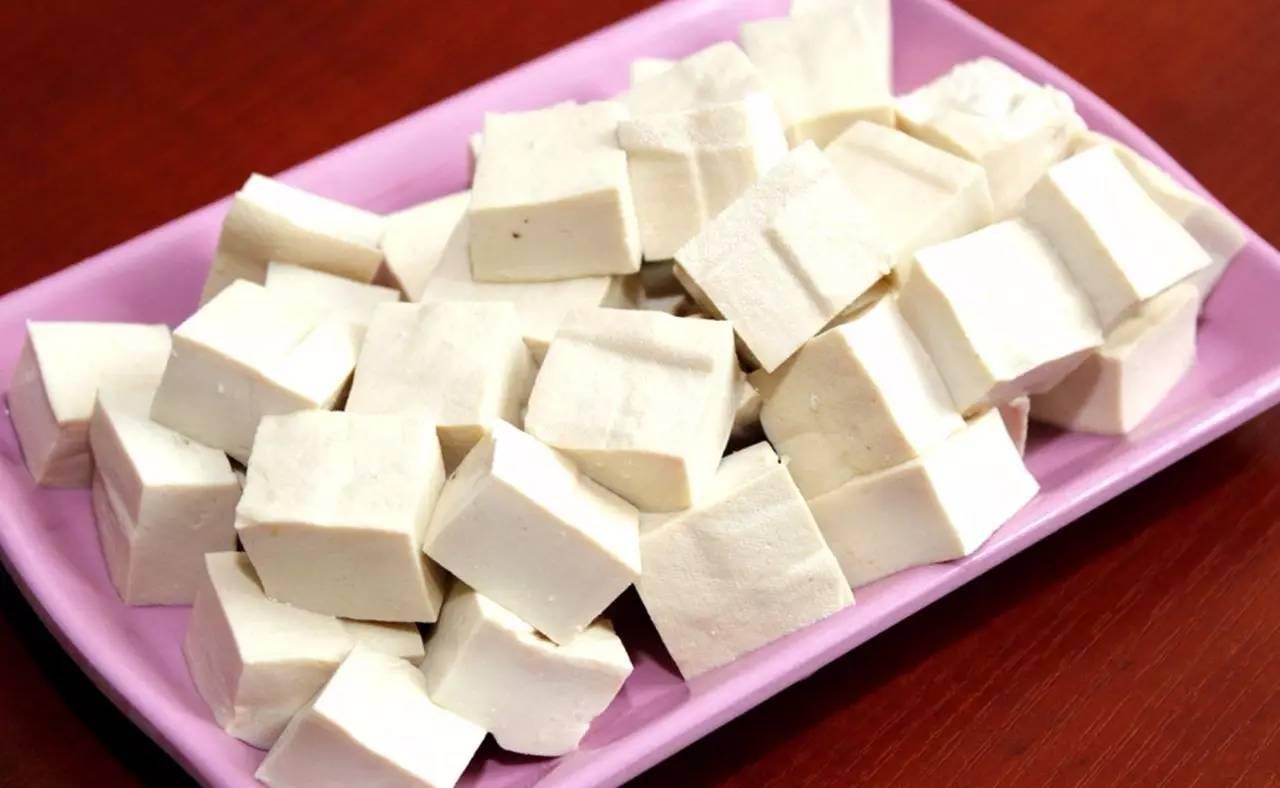 豆渣(豆腐渣)喂鱼:豆渣发酵及其组合饲料发酵与养鱼方法