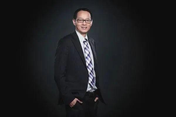 人事档案|蒋大强离职洪阳任总裁,韩石任徐汇业务副总裁