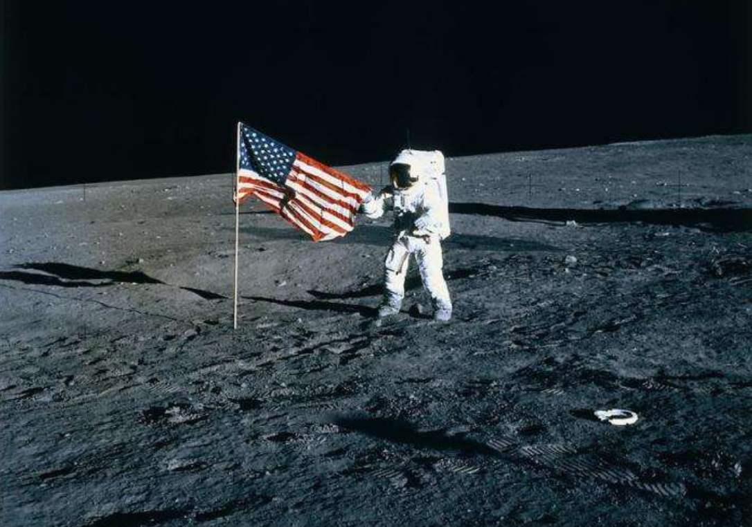美国制定月球规则,七国宣布加入没有中俄,外交部回应来了