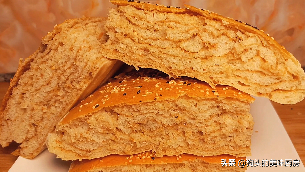 夏天面粉不要再蒸馒头了,教你好吃做法,比馒头简单,比面包松软 美食做法 第3张