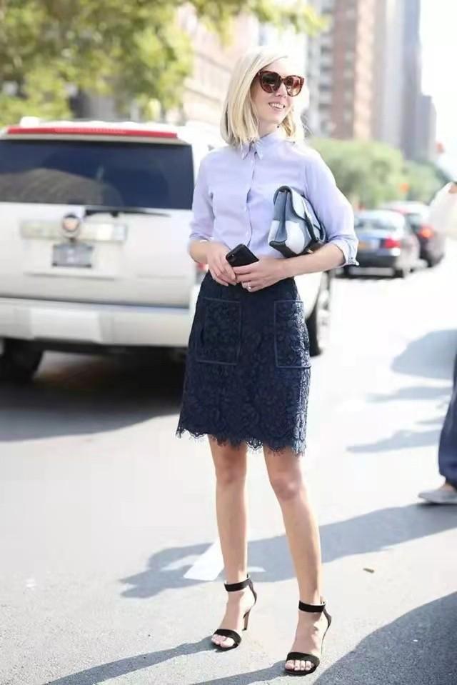 好看和年龄无关!中年女人也能穿得很美,这些简约搭配,高级时髦