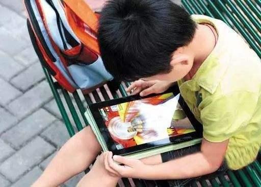 """孩子沉迷手机游戏和视频?破解6大诱因,帮孩子摆脱""""行为上瘾"""""""