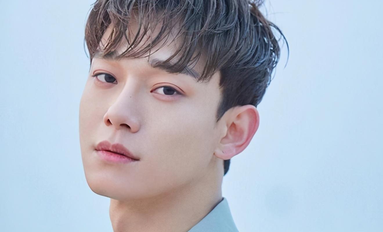 不顧韓國歌迷反對,EXO金鐘大再次公佈新歌,遭到網友調侃