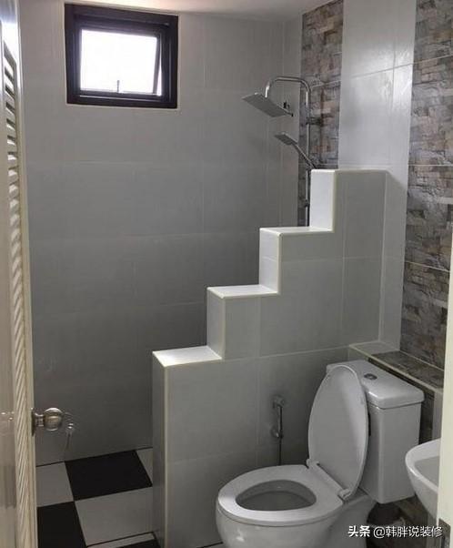 阶梯式卫生间隔断见过吗?越来越多人喜欢这么装,比壁龛好用实倍