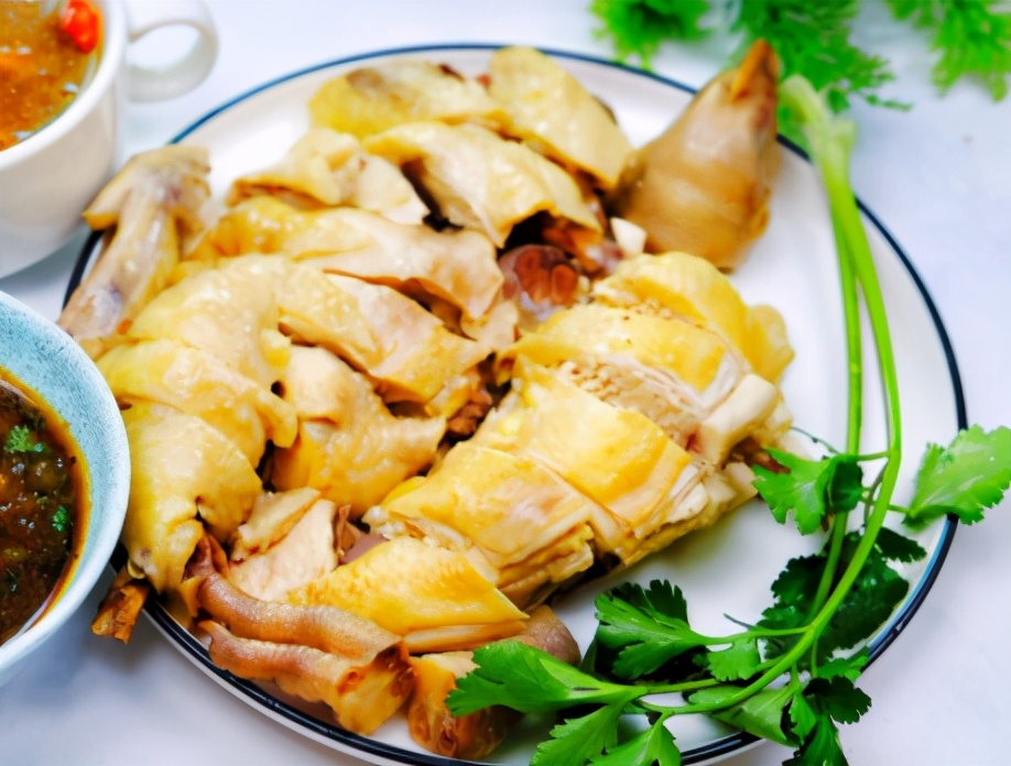 广式白切鸡的做法步骤图 不柴不腥