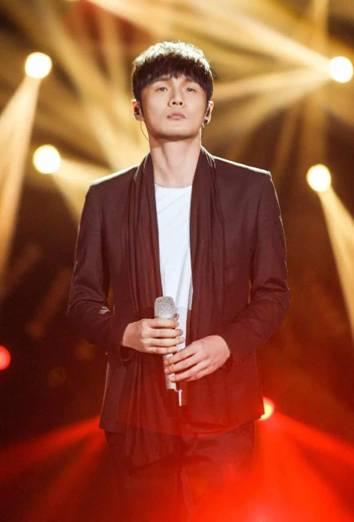 青你3音乐导师李荣浩 dance导师Lisa pd李宇春 rap导师潘玮柏