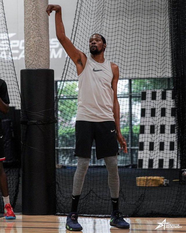 死神歸來!杜蘭特最新訓練照曝光,醫學專家:至少能恢復到九成!-黑特籃球-NBA新聞影音圖片分享社區