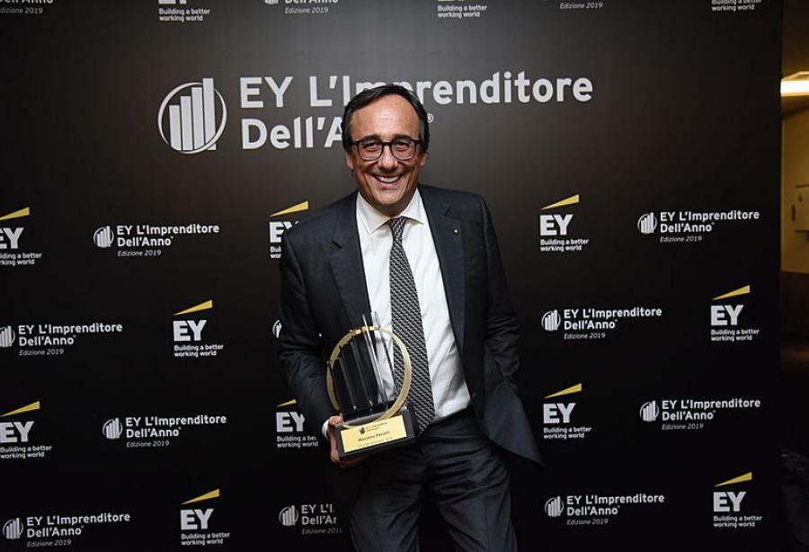 圣劳伦佐首席执行官马西莫•佩罗蒂获得年度企业家奖