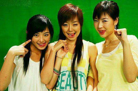 比起尚雯婕许飞,15年微博首互动的李宇春周笔畅,是姐妹情深吗