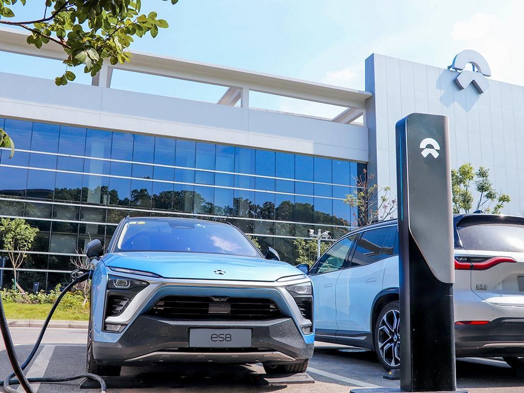 1000km纯电续航的蔚来ET7,解决了新能源车的根本问题?