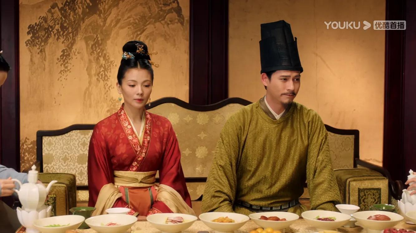 《大宋宫词》:刘娥滑胎,皇帝狸猫换太子,可怜了李婉儿十月怀胎